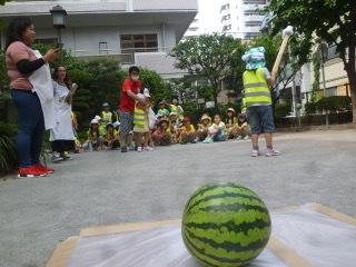 7月26日『スイカ割り!』_c0315913_11090910.jpeg
