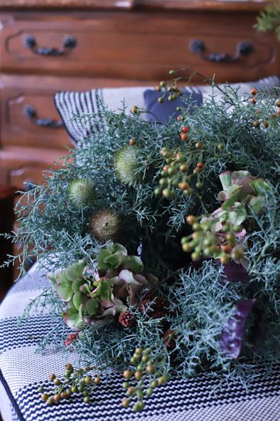 ブルーアイスと紫陽花の秋のリース_b0208604_11592714.jpg
