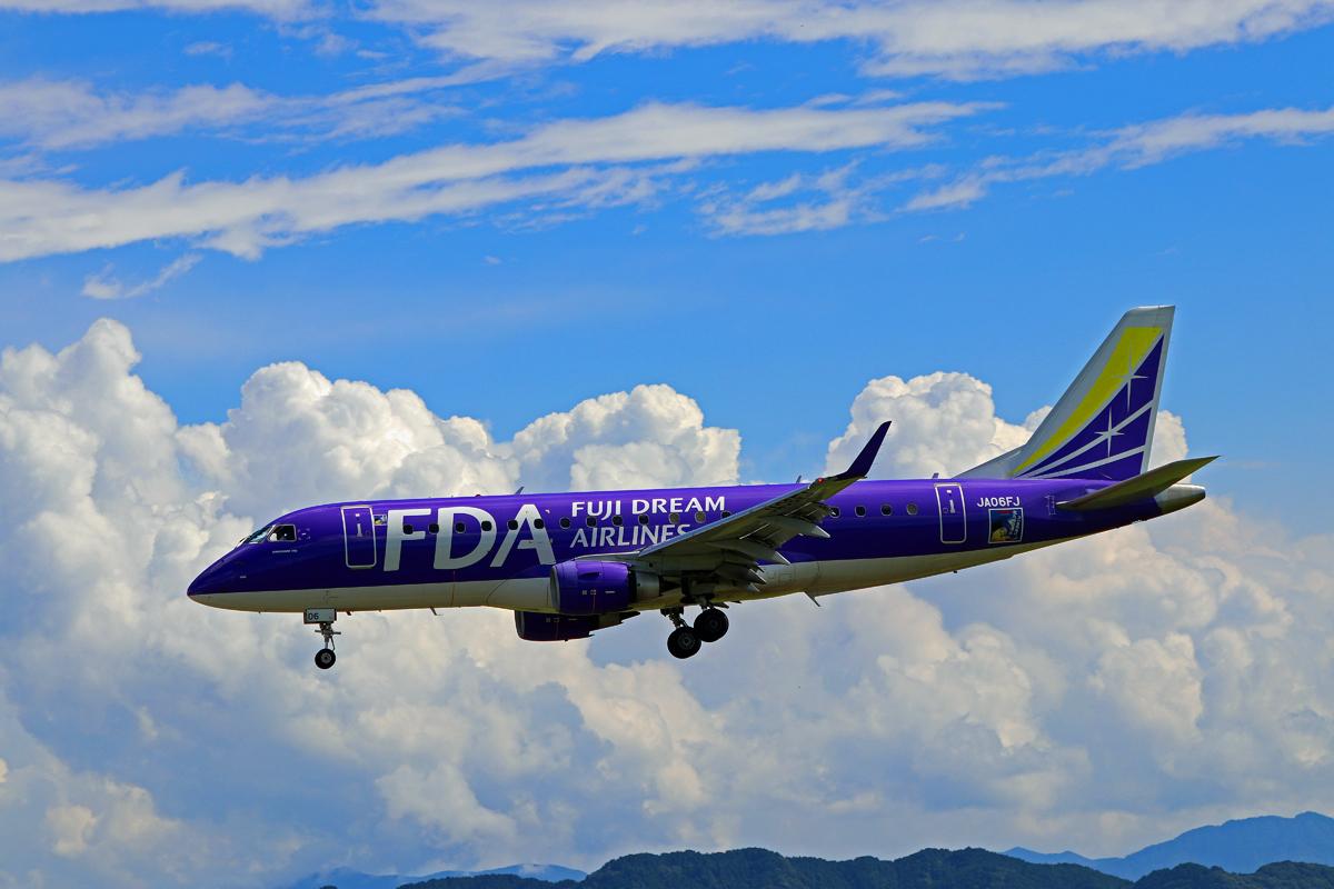 FUJI DREAM AIRLINES。_b0044115_09022768.jpg