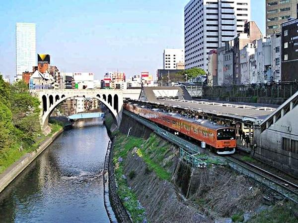 JR御茶ノ水駅工事 近況_c0019551_17460291.jpg