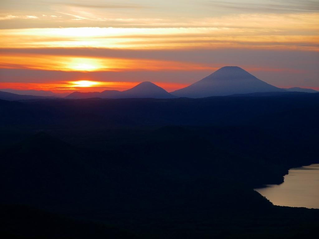 樽前山からの夕日、2018.9.2_f0138096_16231479.jpg
