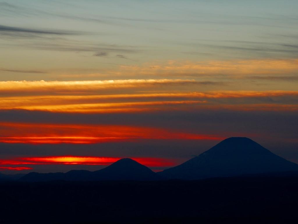 樽前山からの夕日、2018.9.2_f0138096_16233674.jpg