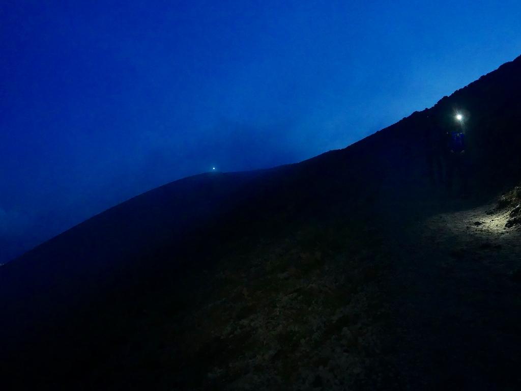 樽前山からの夕日、2018.9.2_f0138096_16233929.jpg