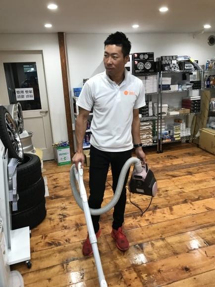 9月5日(水)TOMMYBASE スタッフブログ ☆K様LS460ご成約☆_b0127002_11084453.jpeg
