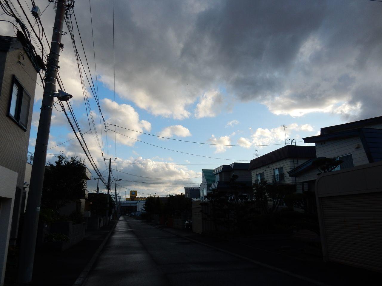 午後遅くなってからようやく「台風一過」の雰囲気に_c0025115_22590533.jpg