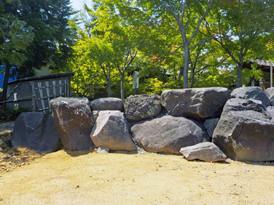 [不洗観音寺]入口造園工事石組完了_f0045132_14425361.jpg