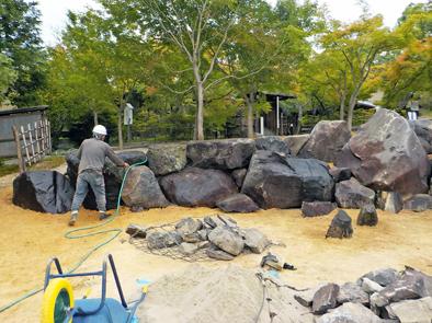 [不洗観音寺]入口造園工事石組完了_f0045132_14430593.jpg