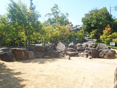 [不洗観音寺]入口造園工事石組完了_f0045132_14435330.jpg