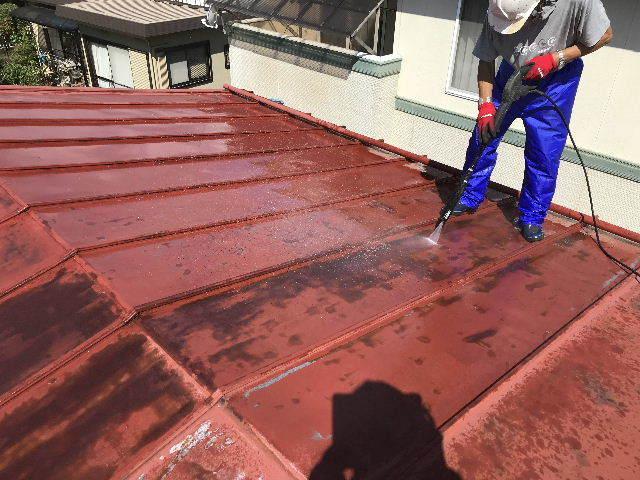 屋根塗装 初日高圧洗浄_f0031037_19390013.jpg