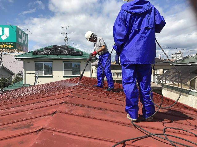 屋根塗装 初日高圧洗浄_f0031037_19390051.jpg