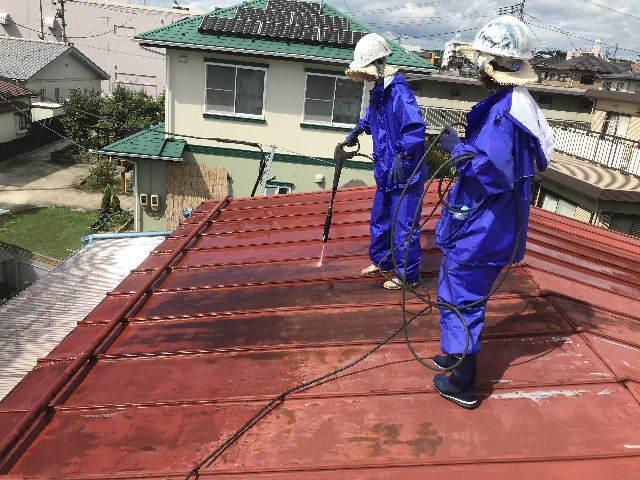 屋根塗装 初日高圧洗浄_f0031037_19390065.jpg