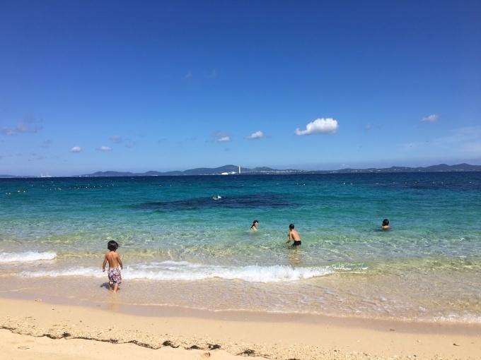2018沖縄 海が大好き☆瀬底島のビーチでお魚に出会う!_f0011498_15332926.jpg