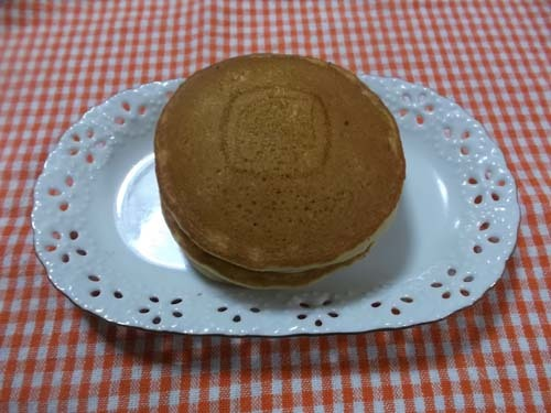 金農パンケーキがやっと買えた_f0019498_08081000.jpg