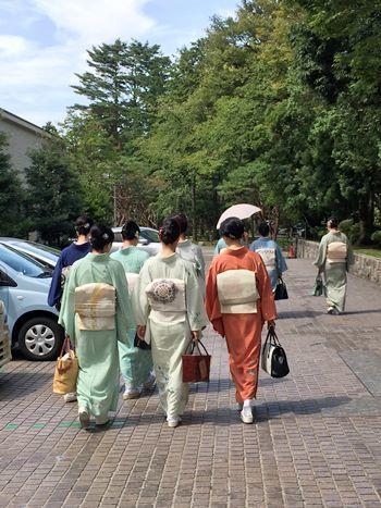 伝統加賀友禅工芸展へ_b0151911_13391312.jpg