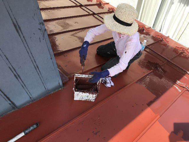 屋根塗装2日目_f0031037_19534631.jpg