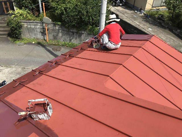 屋根塗装2日目_f0031037_19534697.jpg