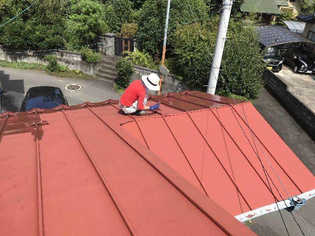 屋根塗装2日目_f0031037_19541125.jpg