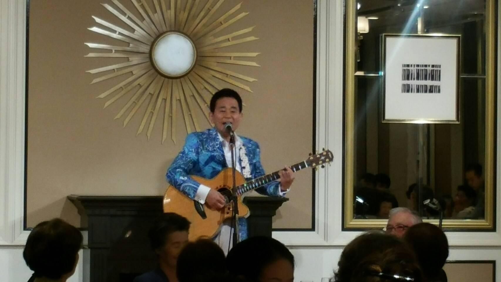 ロイヤルパークホテルで歌いました😉🎵σ(^_^;)?_e0119092_14170139.jpg