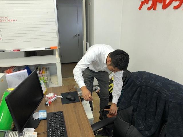 9月8日 トミーアウトレットブログ☆通常営業再開です!!ハイエースD社様納車!!_b0127002_18363007.jpg