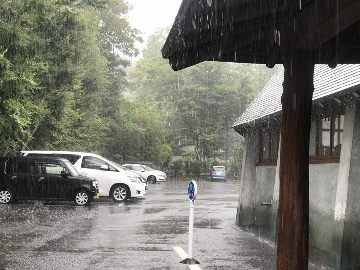 軽井沢でお洒落モーニング しかし大雨に!_c0212604_1251816.jpg