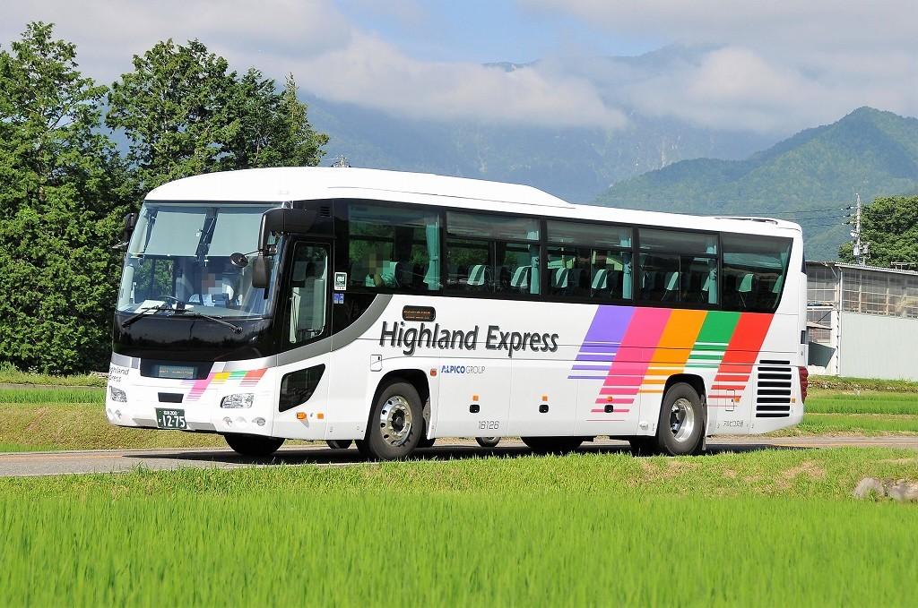 アルピコ交通18126(松本200か1275)_b0243248_12101200.jpg