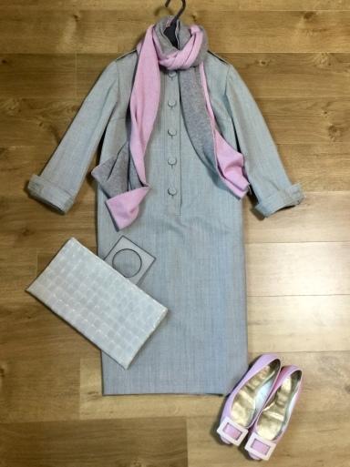 ウールワンピース「Gray 」をどう着る?①_b0210699_00444812.jpeg