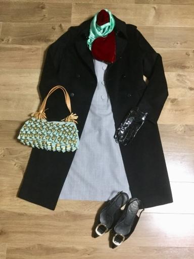 ウールワンピース「Gray」をどう着る? ②_b0210699_22181132.jpeg