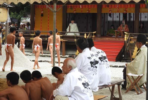 烏相撲 上賀茂神社_e0048413_16495216.jpg