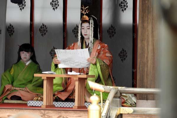 烏相撲 上賀茂神社_e0048413_16502650.jpg