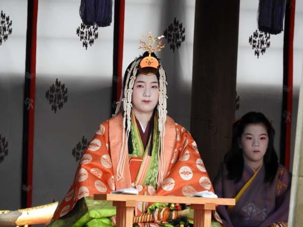 烏相撲 上賀茂神社_e0048413_16511814.jpg