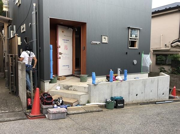 『飯山満の家Ⅱ』完成間際_c0019551_16180445.jpg
