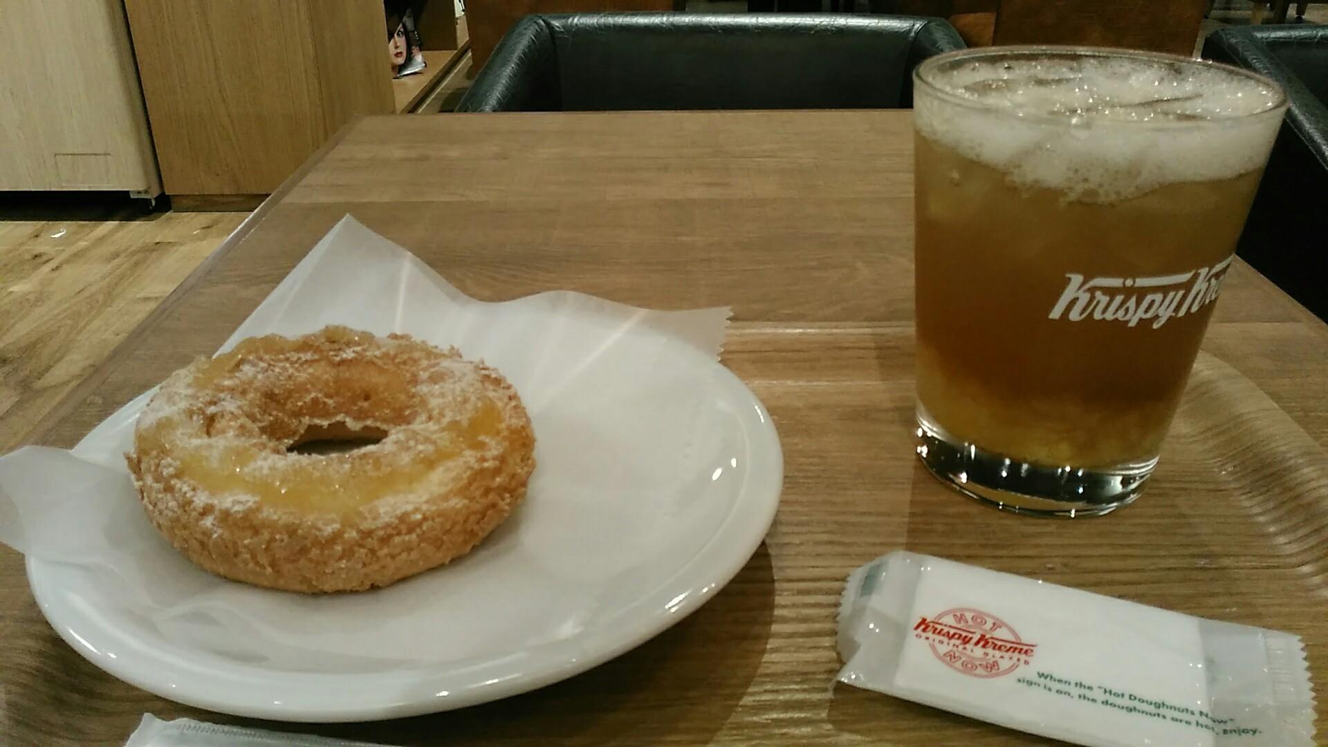Krispy Kreme Doughnuts(クリスピー・クリーム・ドーナツ) 『ジェリーinソーダ パイナップルティー』_a0326295_14474253.jpg