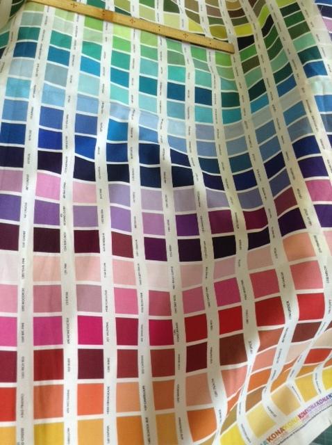 カラーパターン柄の生地_d0156706_17223043.jpg