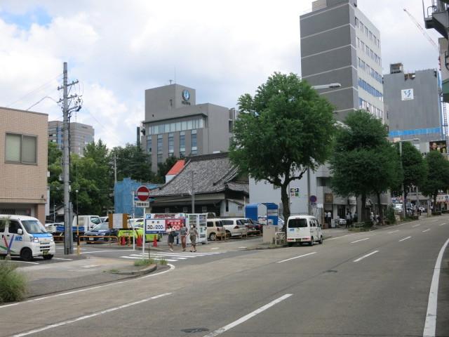 名駅のホテル新築計画_f0016320_20055403.jpg