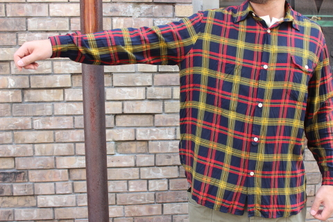 "「dip」\""珍しい素材にチェック柄のシャツアイテム\"" ご紹介_f0191324_08532676.jpg"