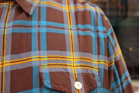 "「dip」\""珍しい素材にチェック柄のシャツアイテム\"" ご紹介_f0191324_08550361.jpg"