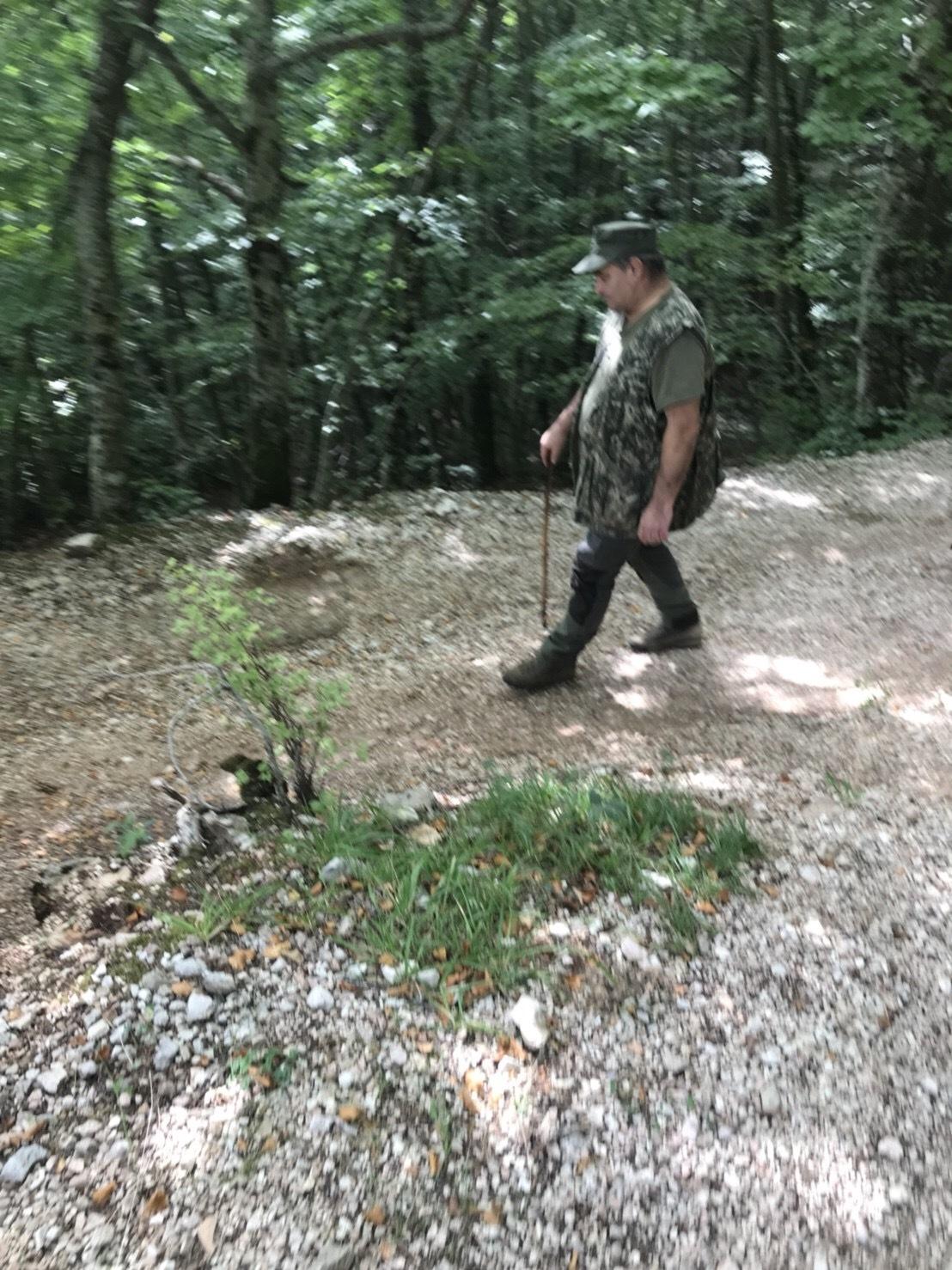 トリュフ狩りへ_f0229521_10240760.jpeg