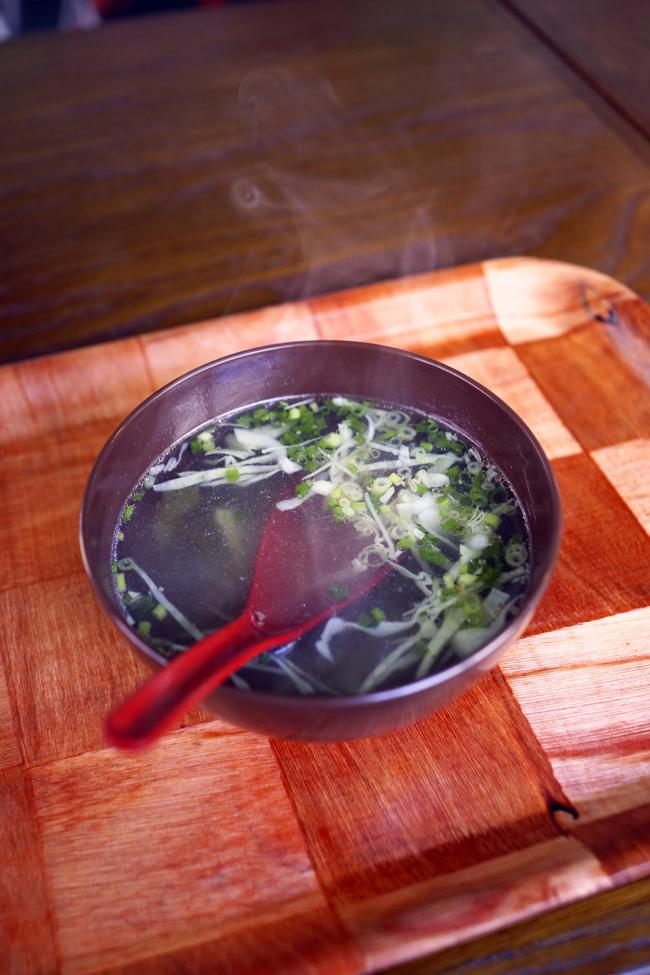 ソムチャイの日替りBはイカの黒胡椒炒め_b0049152_17190319.jpg