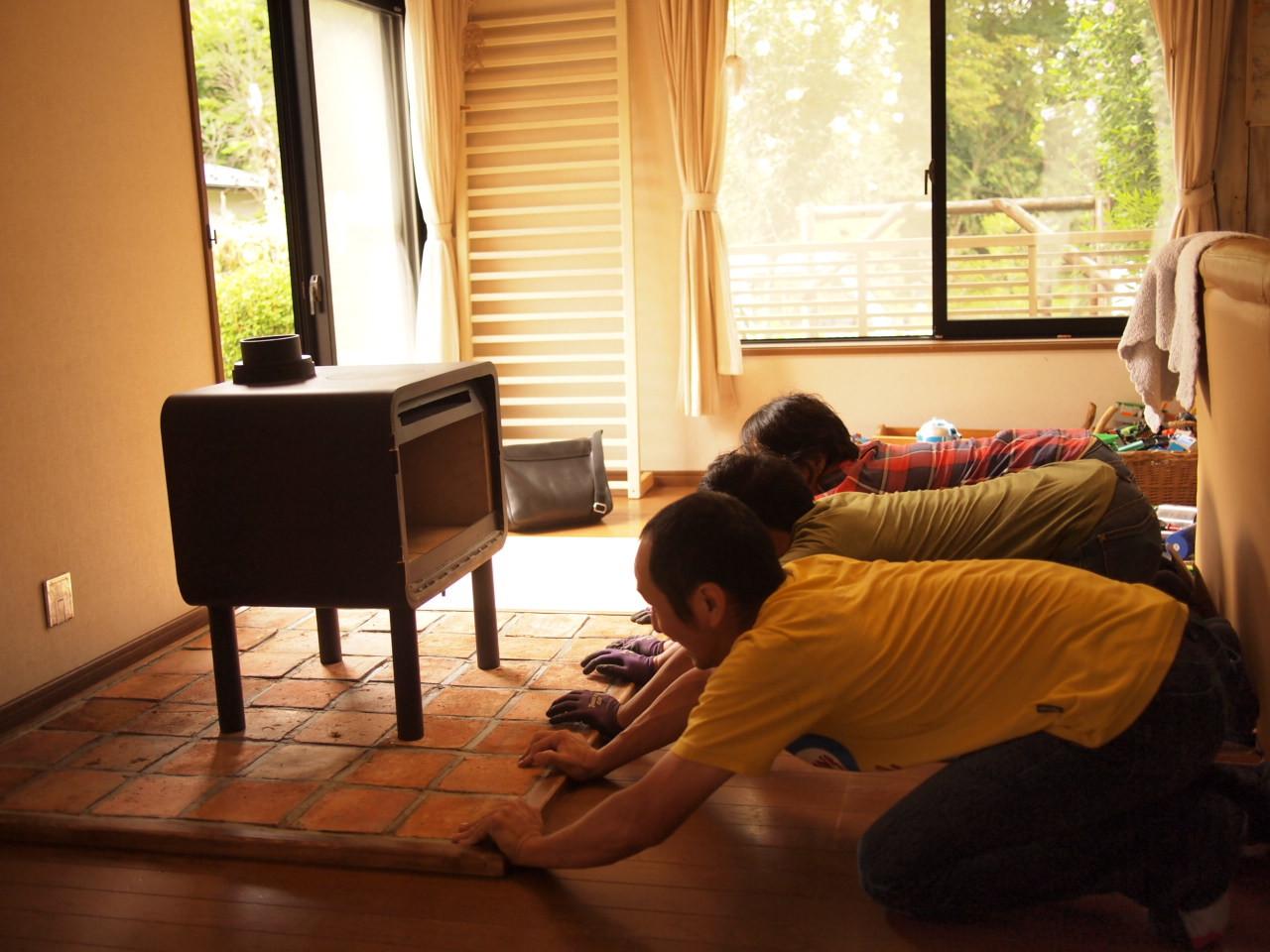 軽井沢に薪ストーブ pikariを納品。_a0206732_20471170.jpg