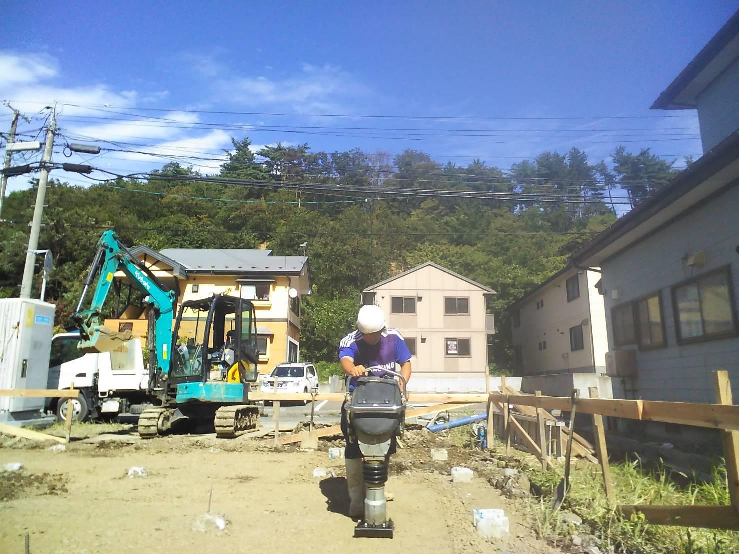Q1住宅楢山太田町:基礎工事始まる_e0054299_10040297.jpg