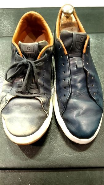 疲れ切った表情の靴には。_b0226322_09422298.jpg