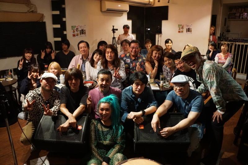 HAJIME & ISSY LIVE 大盛況!_d0353129_03233638.jpg
