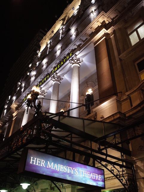 ロンドン(1)オペラ座の怪人_f0134963_23004597.jpg