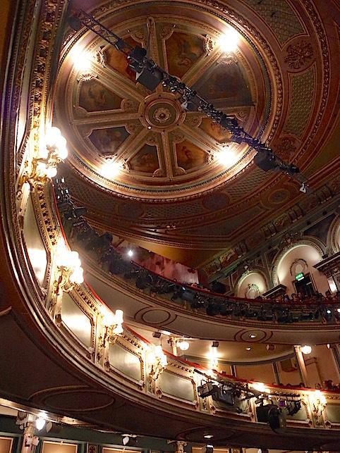ロンドン(1)オペラ座の怪人_f0134963_23044405.jpg