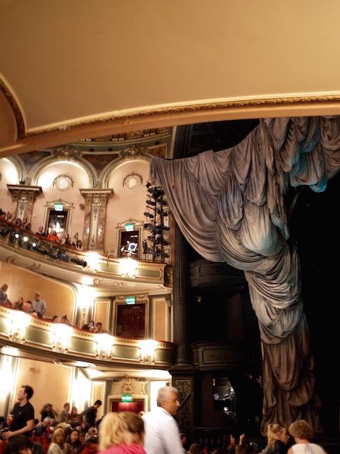 ロンドン(1)オペラ座の怪人_f0134963_23134551.jpg