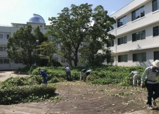 3か月ぶり キャンパスの清掃活動開始_a0346704_20015160.jpg