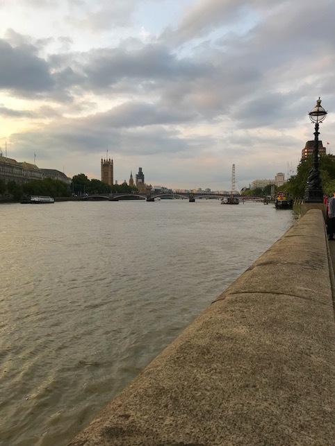 ロンドン(2)ウエストミンスター宮殿と、大聖堂と・・・_f0134963_22300758.jpg