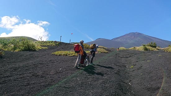 富士山ミニ登山2018#3(車椅子富士登山編)_f0195579_20275422.jpg
