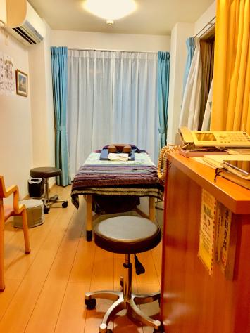 旧東海道大森 浪越指圧治療院 うちかわ指圧 内観_a0112393_18030646.jpg