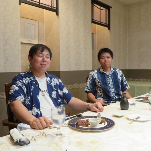 桶川の山崎ファミリー2人と米沢ファミリーとでカラオケへ_c0075701_22102993.jpg